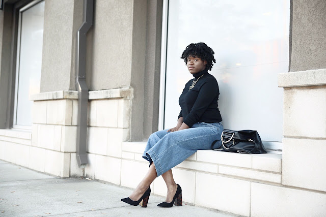 Blogger Sherre P wearing J Crew, Madewell, and ASOS.