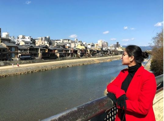 Angel Locsin and Her Non-Showbiz Friends In Japan!