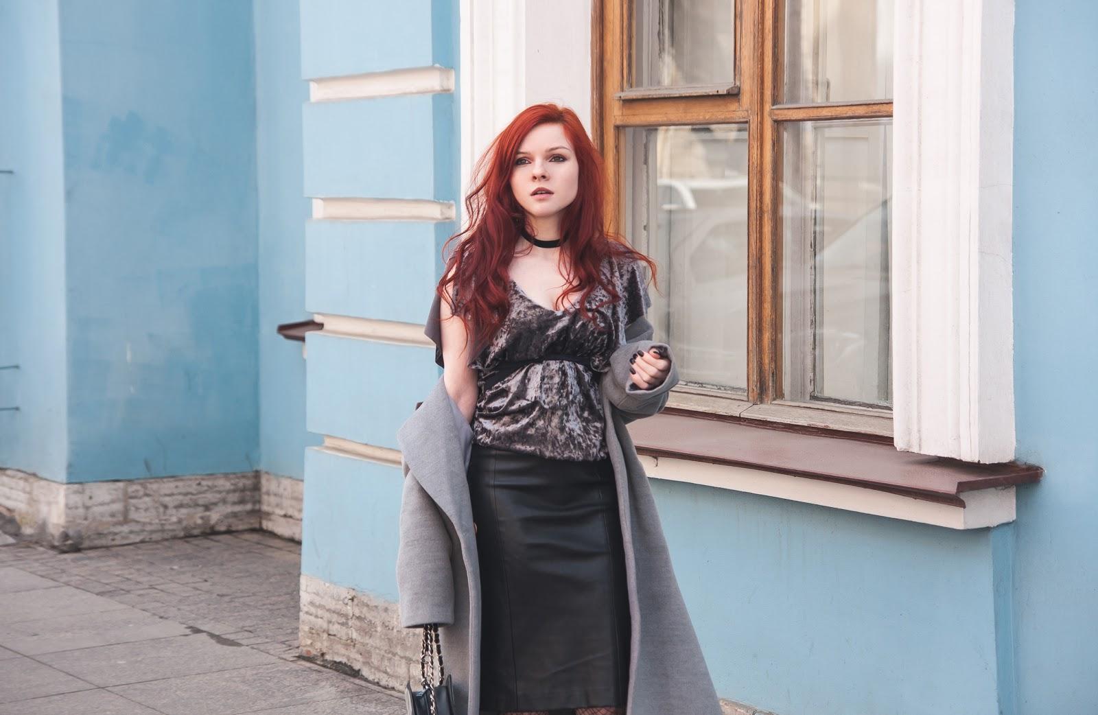http://www.recklessdiary.ru/2017/04/barhatnyj-top-kazhanaya-yubka-karandash-francuzskij-stil-zaful-otzyvy.html