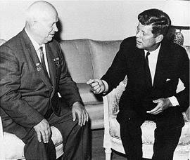 Kennedy e Kruscev a colloquio.