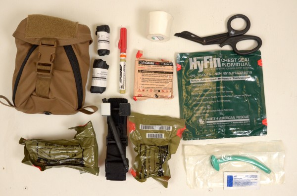 Webbingbabel: US Military First Aid Kits