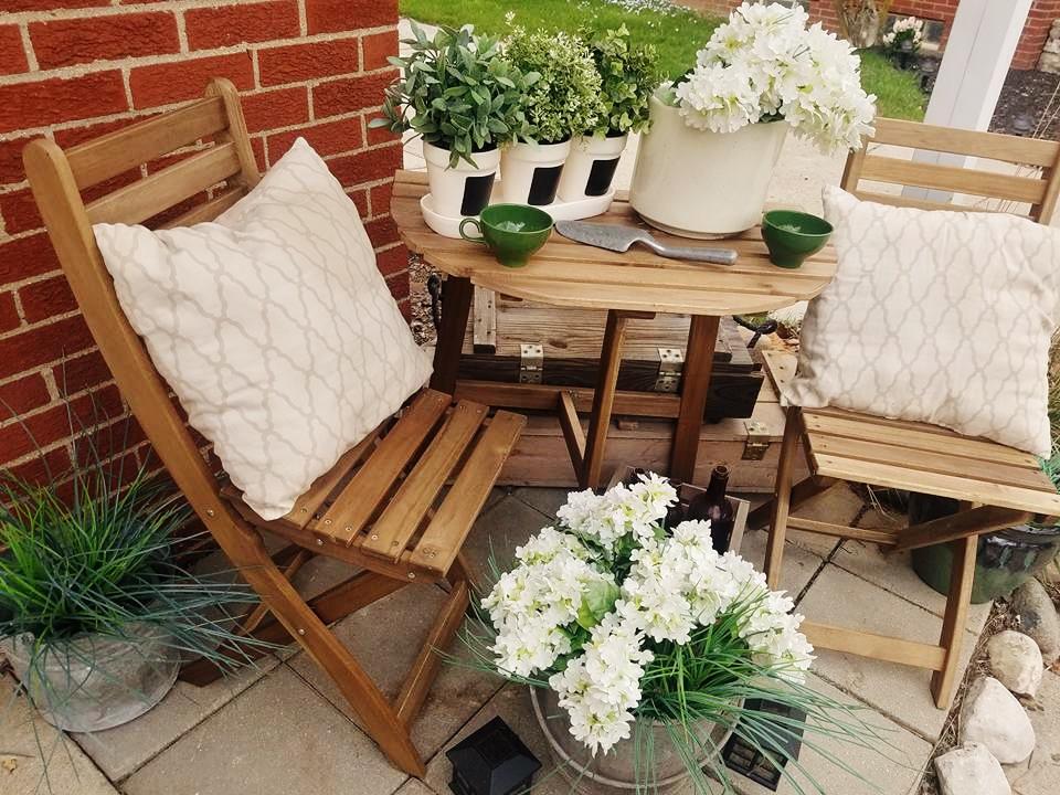 The Quaint Sanctuary New Cottage Style Porch Set From