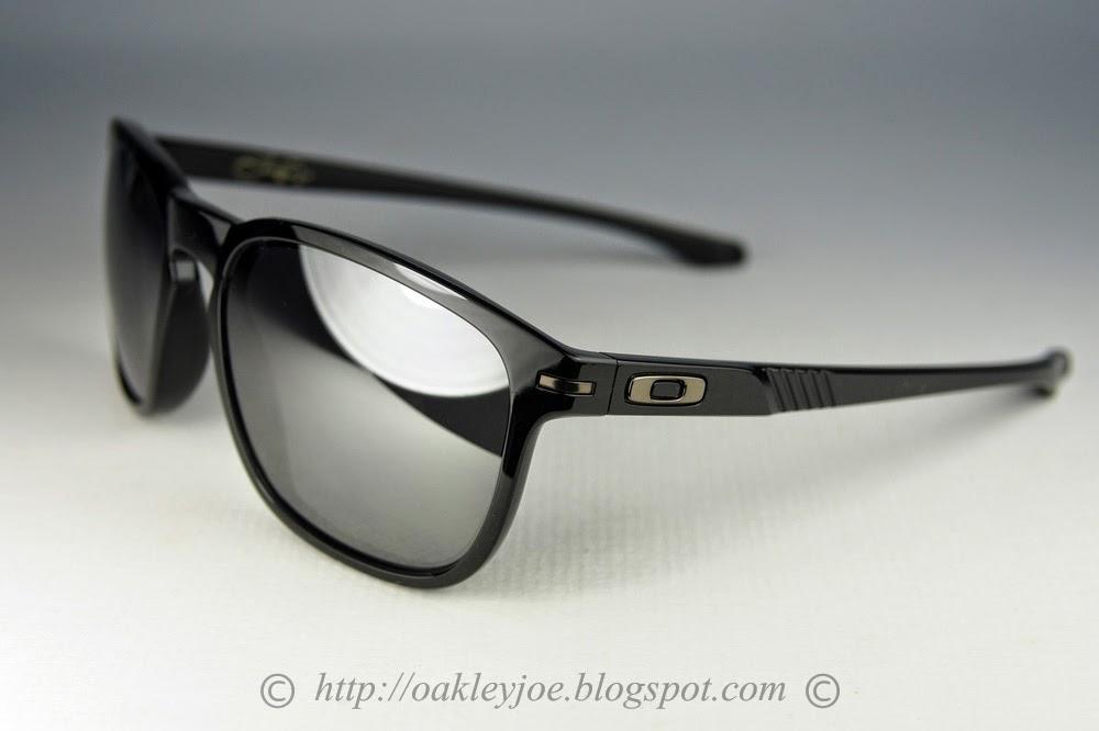 ba67a58b542 Oakley Enduro Shaun White Collection « Heritage Malta