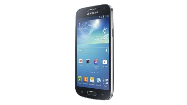 Available in India, Samsung Galaxy S4 mini for Rs.27900.00 and Samsung Galaxy S4 zoom for Rs.29900.00