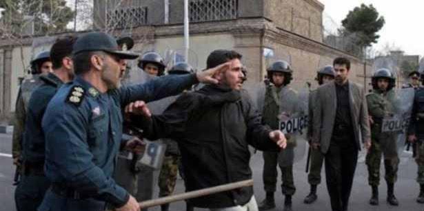 Gelar Salat Tarawih, Pemerintah Syiah Iran Segel Masjid Sunni di Teheran