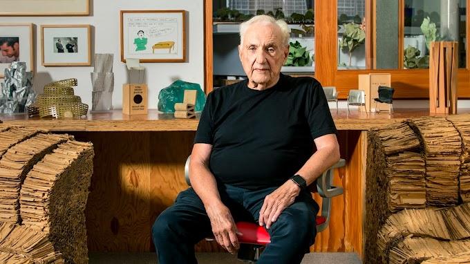 Biografi Arsitek Frank Gehry, Arsitek Dekonstruktivisme