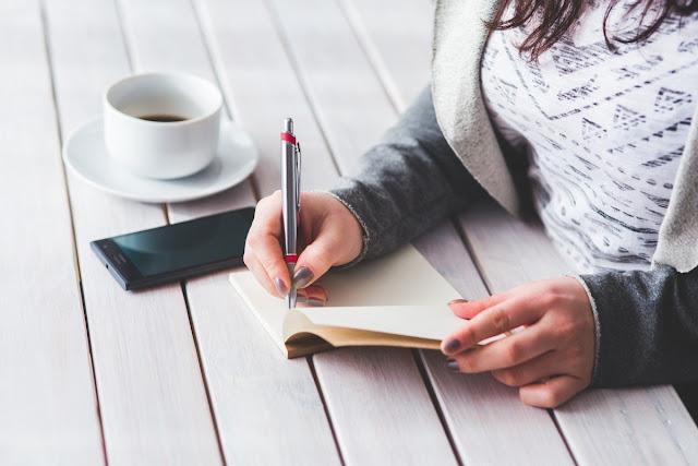 Membaca Karakter Lewat Tulisan Tangan