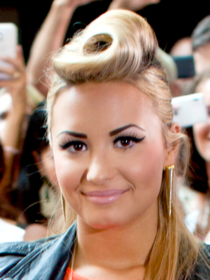 Crazy Faze: The Perfect Eyebrow