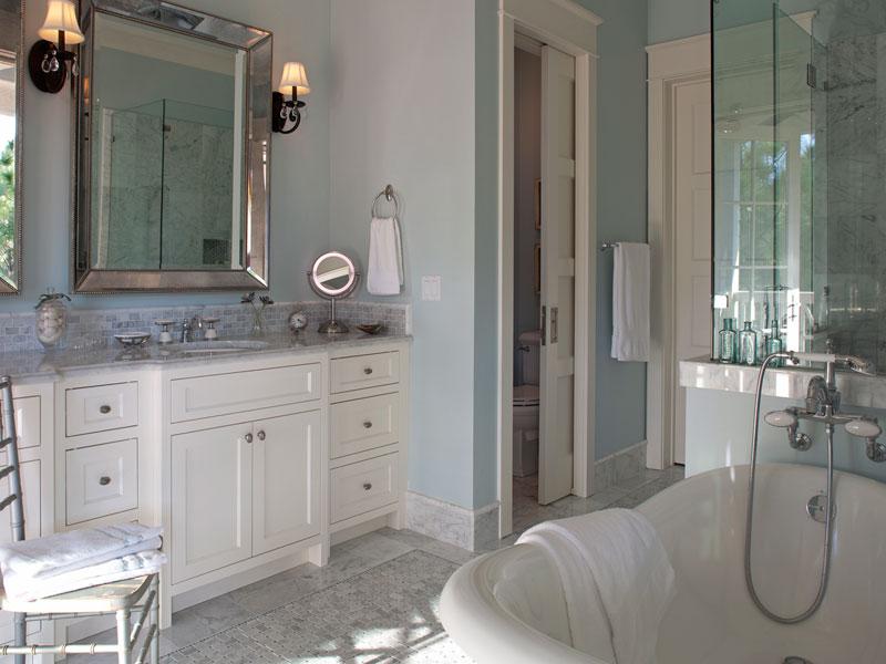 Coastal aqua and white bathroom