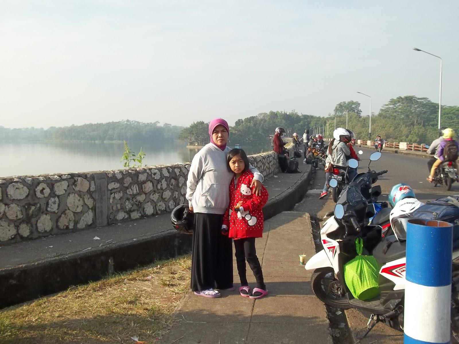Bendungan Lahor Sumber Pucung Malang Jawa Timur Mobile