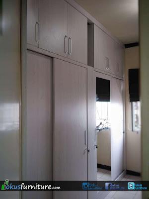 Lemari kamar utama apartemen kelapa gading
