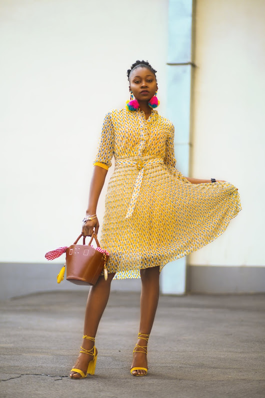 What to wear to a fashion show: Yellow Print Chiffon Midi Dress : Metisuboutique