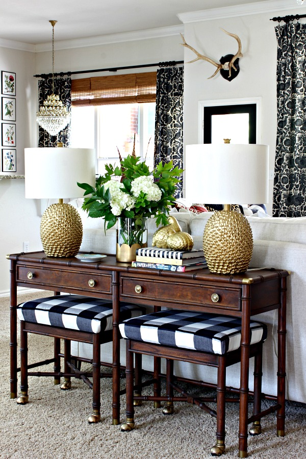 hekman bamboo table, buffalo check, console table, hall table, pineapple lamp, hydrangea