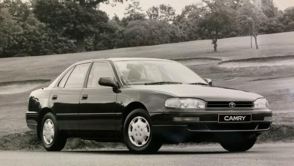 1991 Camry 2.2 GL -  - Lịch sử các dòng xe Toyota Camry : Đột phá qua từng thế hệ