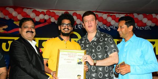 शरद पूर्णिमा: गरबा रास में शामिल हुए अभिनेता आदित्य पंचोली