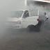 Bombeiros são acionados para conter princípio de incêndio em veículo no centro da cidade de Cajazeiras