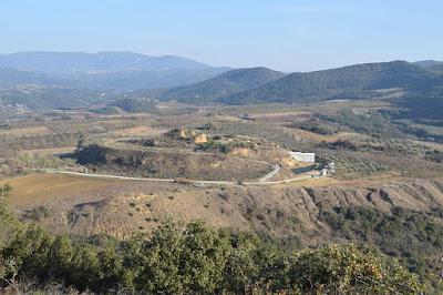 Προσεγγίζοντας κριτικά την ομιλία της Κατερίνας Περιστέρη στην Θεσσαλονίκη για την ανασκαφή στο λόφο Καστά