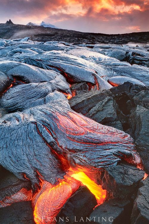 Sizzling Tourist Hotspots in Hawaii | Lava flows, Hawaii Volcanoes National Park, Hawaii