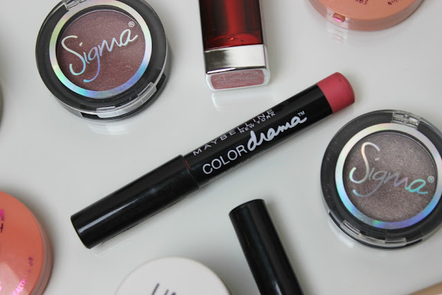 A picture of the top 10 makeup products under £10