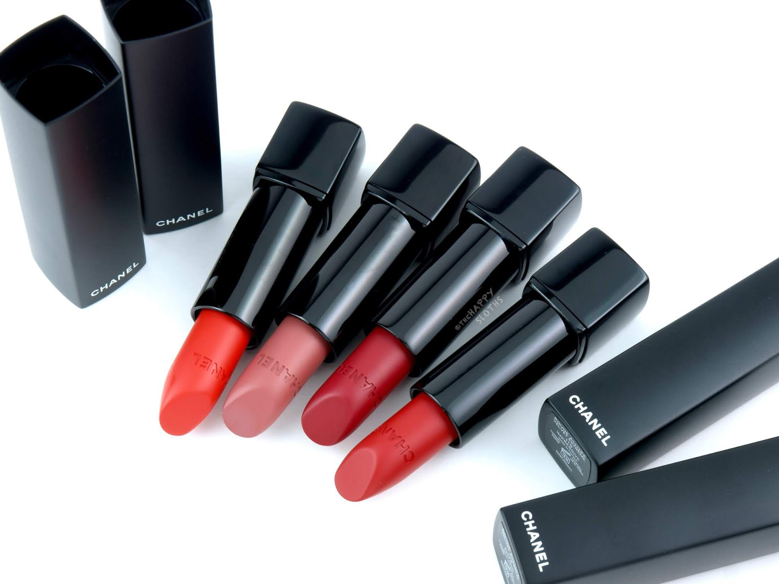 Chanel | Rouge Allure Velvet Extreme Lipstick: Review and Swatches