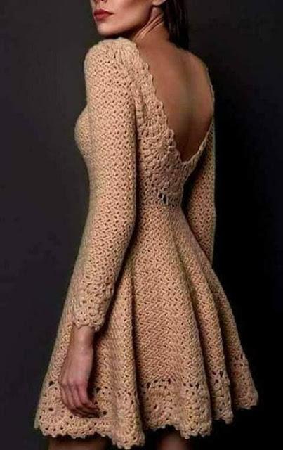 wzory sukienek na drutach i szydełkiem