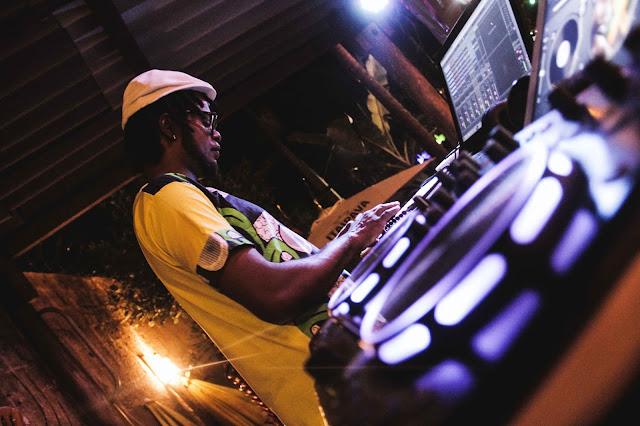 """Projeto """"Dub Lova Experimental Sounds"""" leva reggae, funk, soul e hip hop ao Aparelha Luzia"""