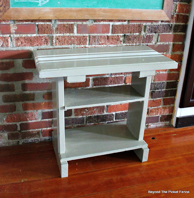 Table, upcycled, french linen, fusion mineral paint, http://bec4-beyondthepicketfence.blogspot.com/2016/05/french-linen-table.html