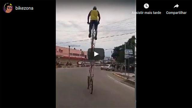 https://www.ahnegao.com.br/2019/04/a-engenharia-brasileira-ataca-novamente-com-a-bicicleta-de-6-andares.html