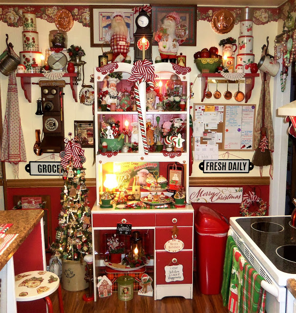 Christmas Home Tour, Kitchen, Tree and Hutch, 2019