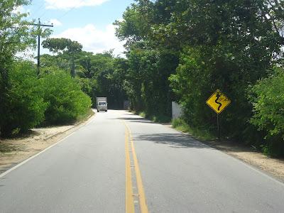 Resultado de imagem para pe 27  estrada de aldeia