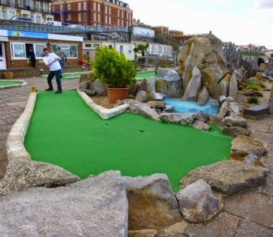 Richard Gottfried playing the Strokes Adventure Golf course in Margate