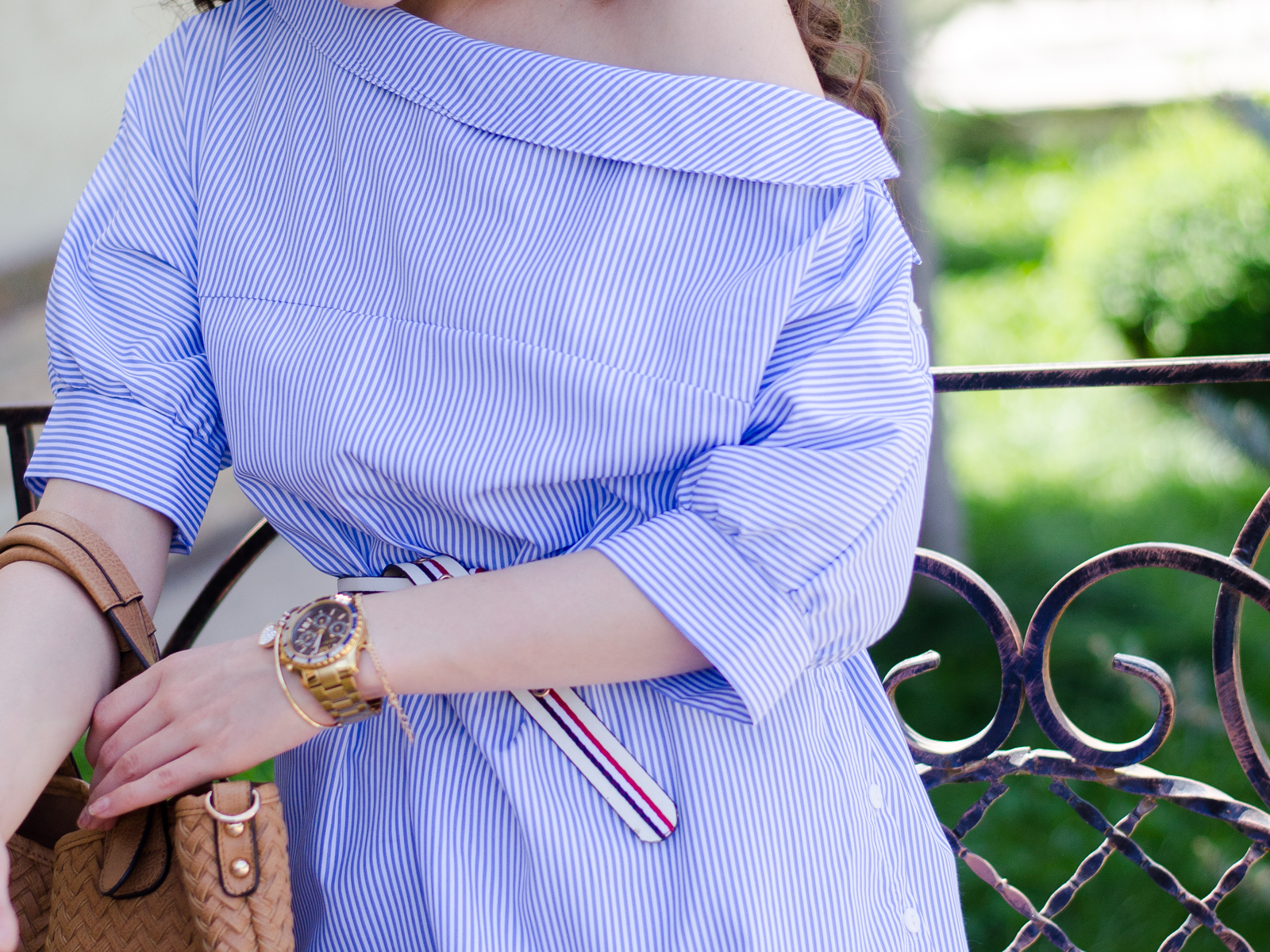 fashion blogger diyorasnotes diyora beta blue dress straw hat asos bag spring outfit oversized sunglasses
