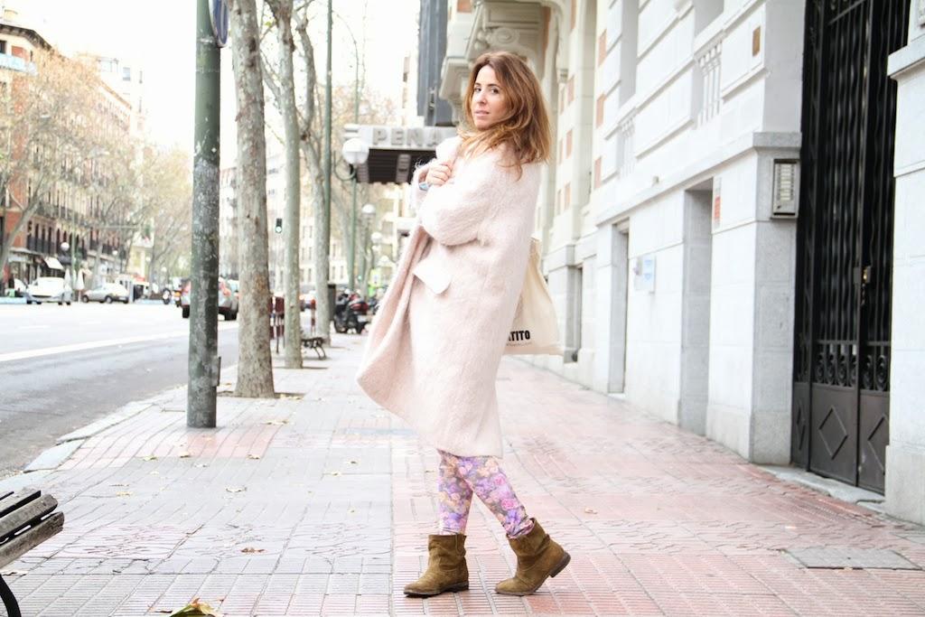 lovely pink coat-50353-descalzaporelparque