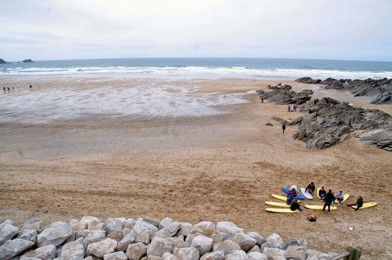 http://www.theaussieflashpacker.com/2015/04/exploring-britains-best-beaches-newquay.html