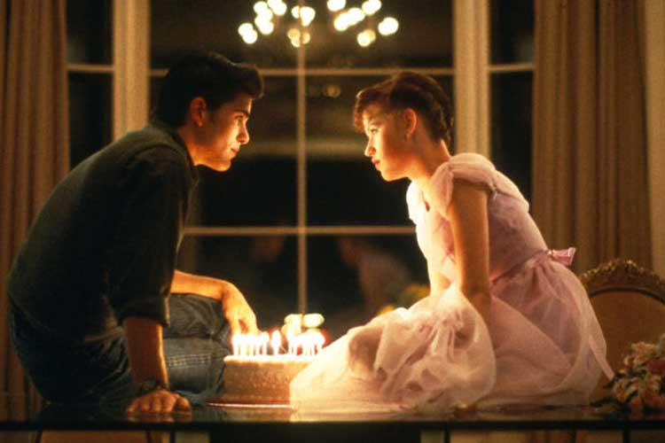 Molly Ringwald celebrates her birthday in Sixteen Candles.