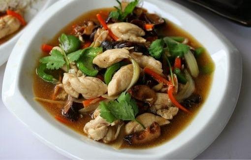 Jom kita layan resepi ayam masak halia ala thai simple dan sedap dibawah ini.  Resipi berkaitan ayam adalah antara resipi yang paling banyak orang share dan aplikasikan