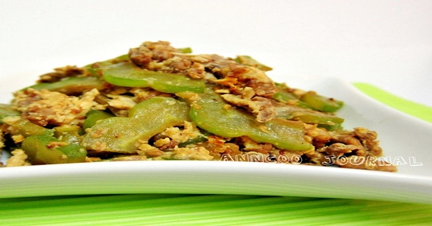 Fried Egg With Bitter Gourd And Pork Recipe