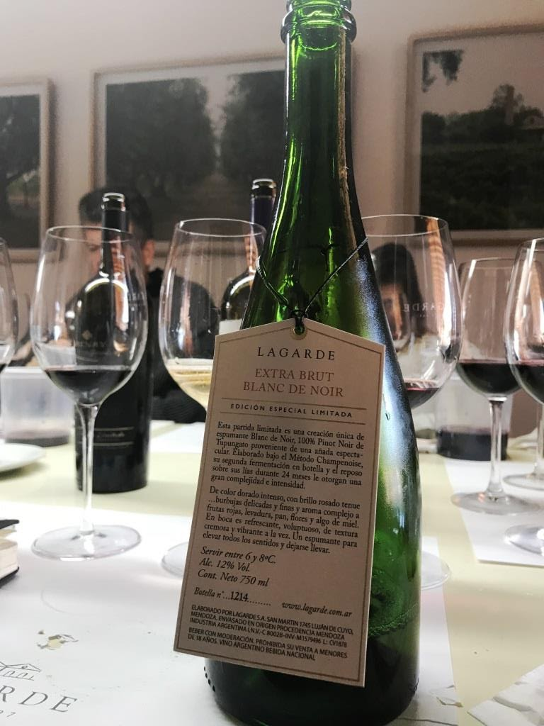 3537be91d4 Se trata de un blend de Cabernet Franc 70% y Malbec 30%, un vino con un  precio de góndola de casi $2.000, que tiene como justificarlos frente a  rivales de ...
