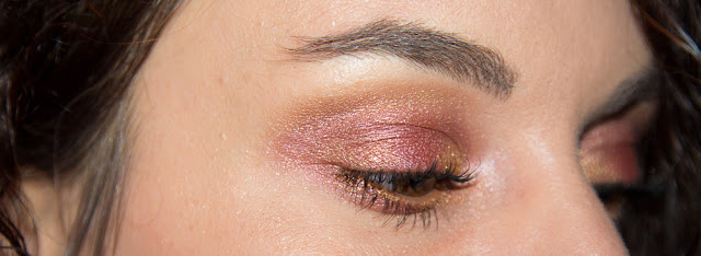 maquillage - yeux - bordeaux - or