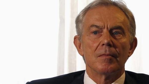 Tony Blair asoma la posibilidad de regresar a la política