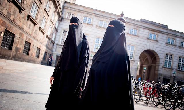 Γιατί δεν ενοχλεί τη Δύση το ριζοσπαστικό Ισλάμ στα Βαλκάνια;