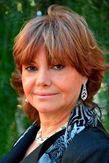 Lina Mundet fundadora y rectora del Instituto Mallea