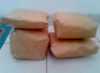 paket barang toko wafeeq yang siap dikirim ke pembeli