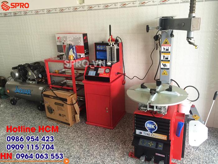 máy tháo vỏ, thiết bị sửa chữa xe máy giá rẻ spro.vn