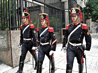 O Curioso Ritual de Troca da Guarda, em Bueno Aires