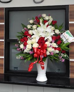 Bunga Meja Cantik Tb Simatupang