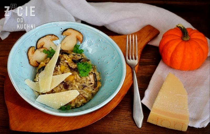risotto z grzybami i dynia, risotto, pazdziernik sezonowe owoce pazdziernik sezonowe warzywa, sezonowa kuchnia, pazdziernik, zycie od kuchni
