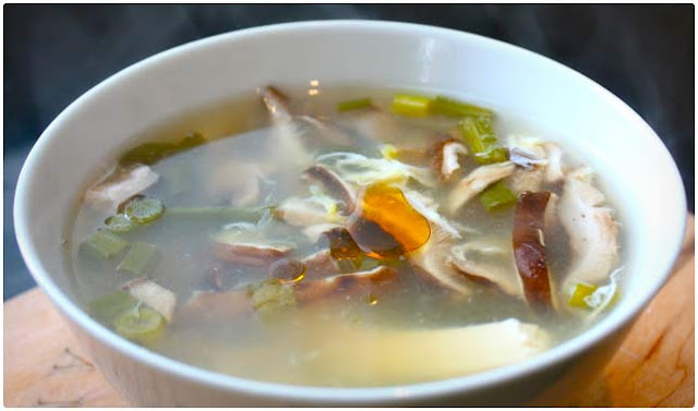 3 Cleansing Detox Soup Recipes: Why You Shouldn't Only Juice