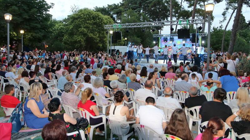 Με επιτυχία πραγματοποιήθηκε το 1ο Παιδικό Φεστιβάλ στην Κομοτηνή
