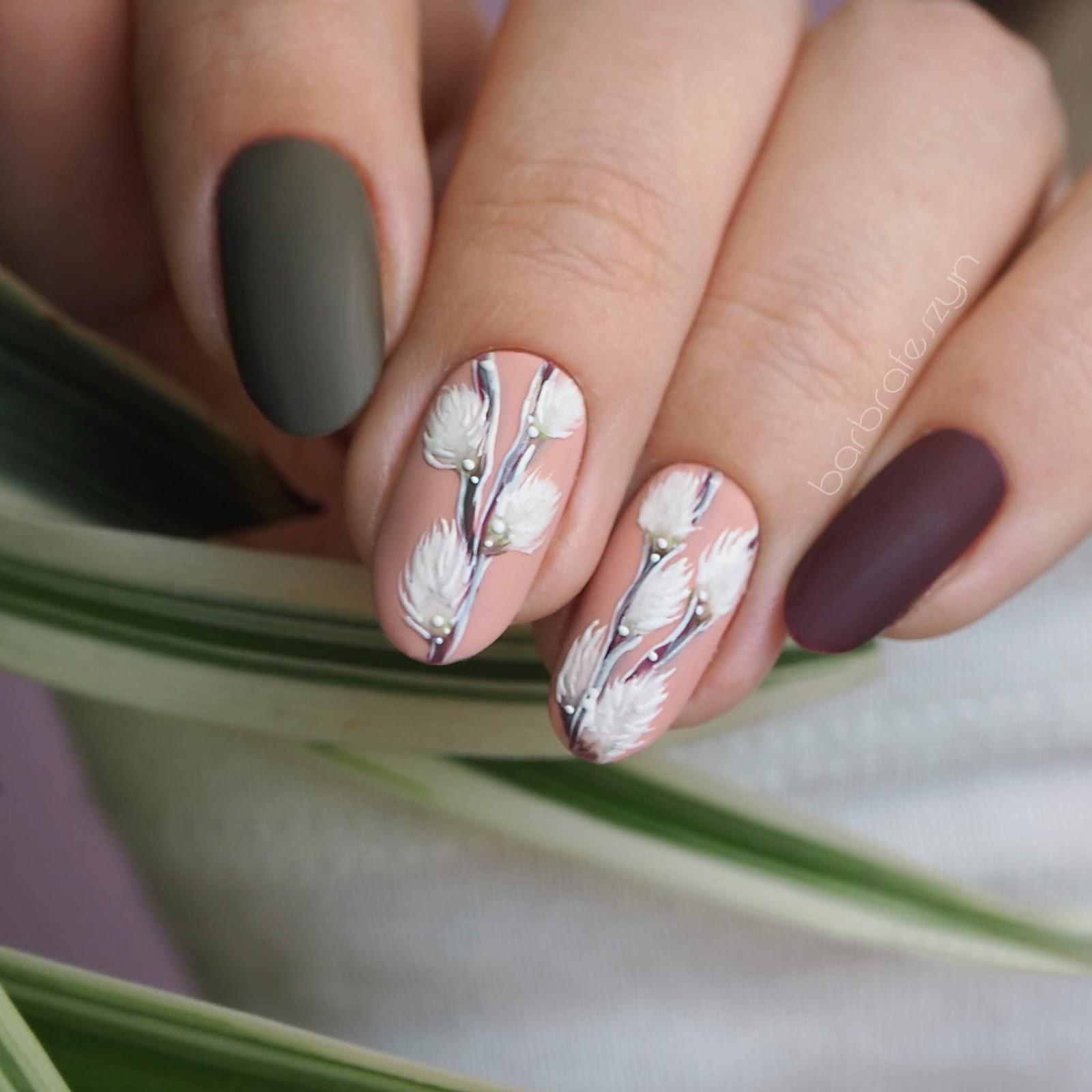 Wielkanocne wzory na paznokcie